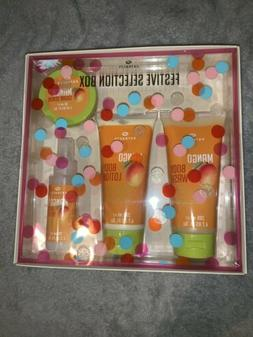 Boots Extracts Festive Selection Box Body Wash Body Lotion B