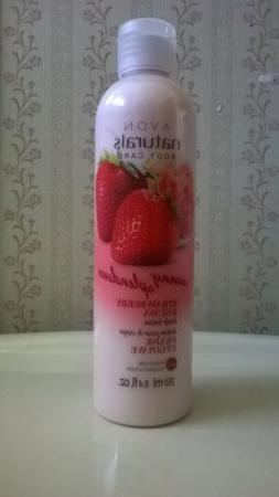 Avon Naturals Sunny Strawberry and Guava Body Lotion New!